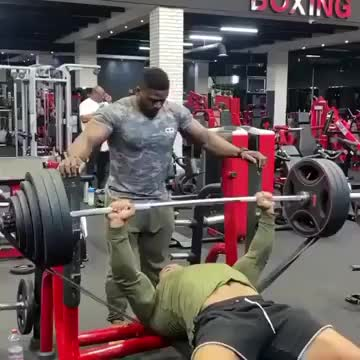 Softcore rekt comp. .. That dude 100% dislocated both shoulders, holy .