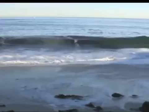 Some soothing waves to calm us all in these uncertain times. .. Thanks OP, very relaxing .